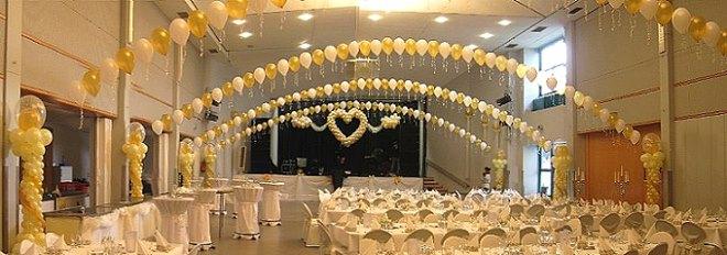 Angiani ballondekorationen ballondeko ballongirlanden for Saaldekoration hochzeit